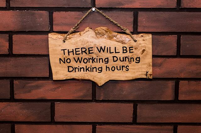 no-working-drinking-hours